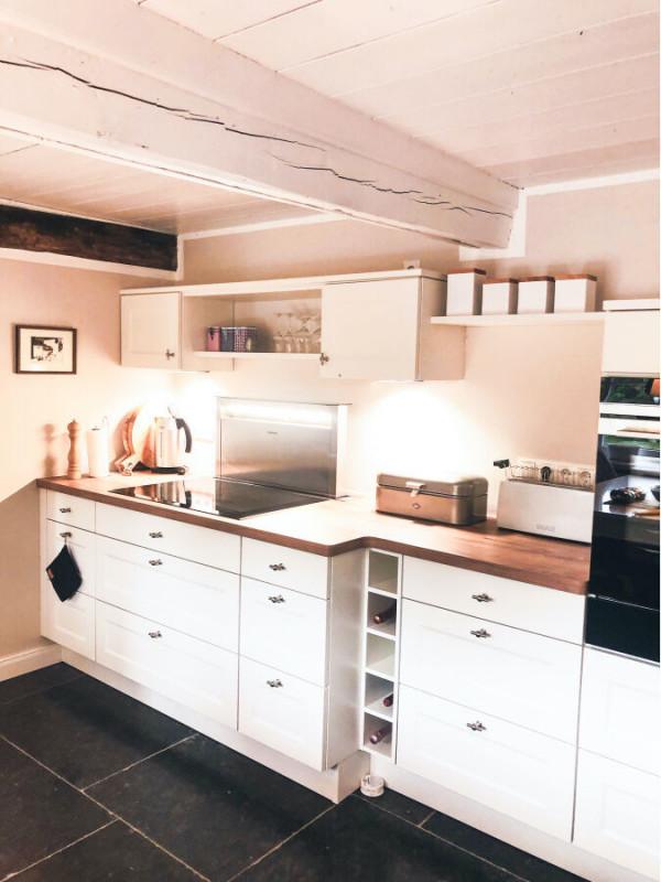 Ferienhaus-Foehr-8-Personen-Luxus-Reetdach-Küche mit modernster Technik und kompletter Ausstattung